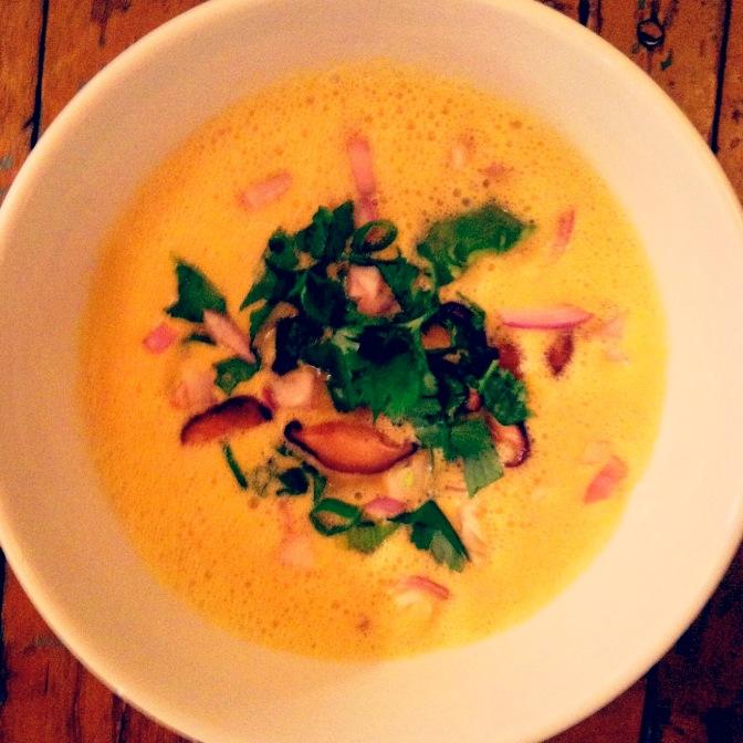 Raw Vegan Thai Coconut & Lemongrass Soup